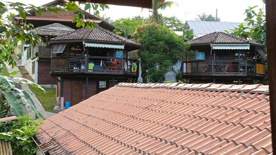 les bungalow en bois du br sil location guyane. Black Bedroom Furniture Sets. Home Design Ideas